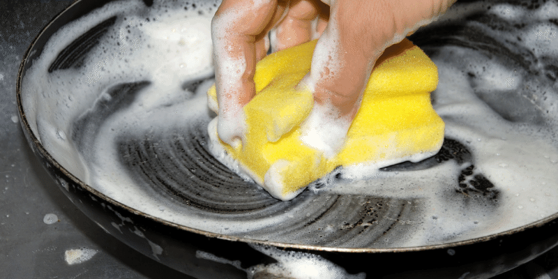 Do Pans Need to Be Sanitized