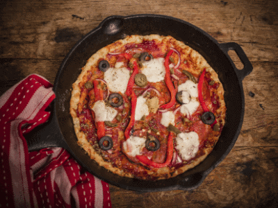 Pan pizza in cast iron pan
