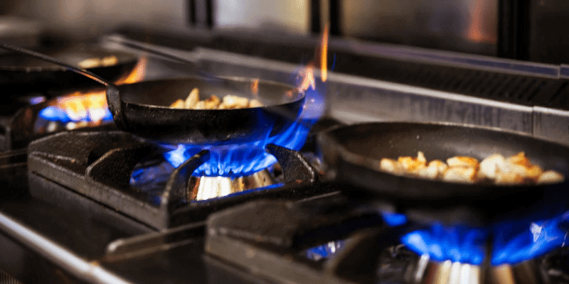 Can Induction Cooking Pans Be Used on Gas Stoves