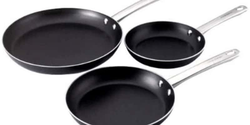Farberware Non Stick Fry Pan Review (Easy to Clean)