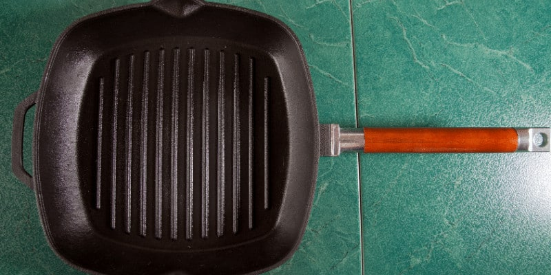 How to Season a Griddle Pan (All You Need to Know)