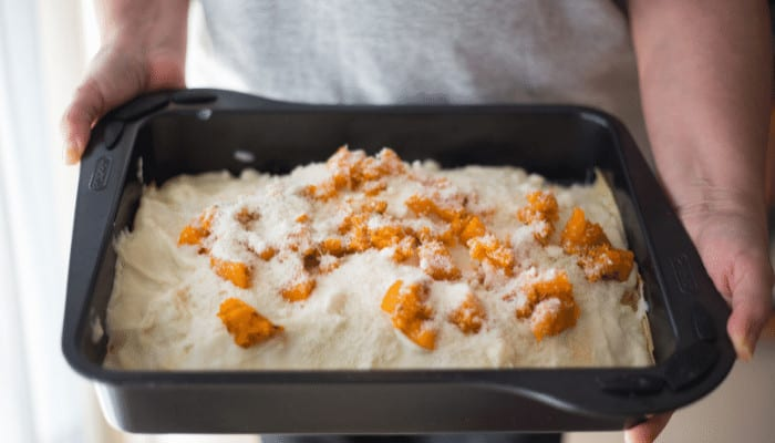 How to Make a Big Pan Smaller for Baking