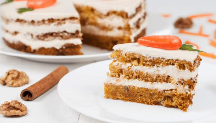 What Pan Is Best for Baking Carrot Cake